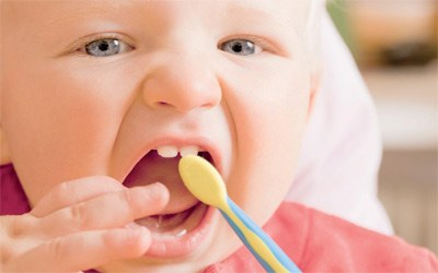 الاسنان اللبنية الخارقة والاخطاء الخطيرة الشائعة عند الأهل