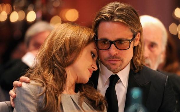 طلاق انجلينا جولي و براد بيت هل سببه الخيانة ؟ وماهي ردود مشاهير هوليوود
