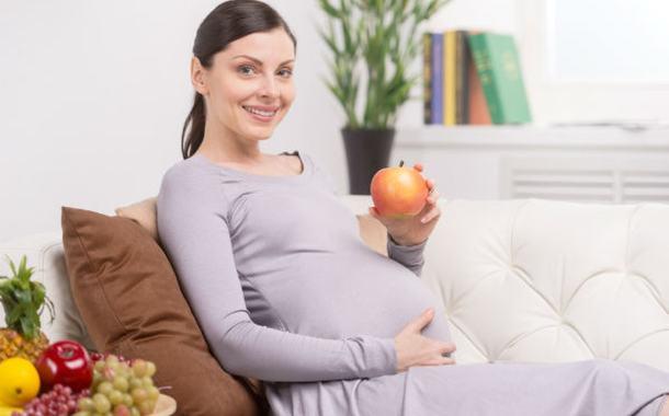 أطعمة للحامل بتوأم ما هو أفضلها لك لنتعرف عليها