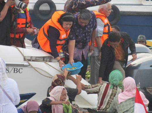 Presiden SBY di Pasar Terapung Kuin