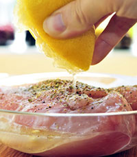 Marinating Chicken with Lemon