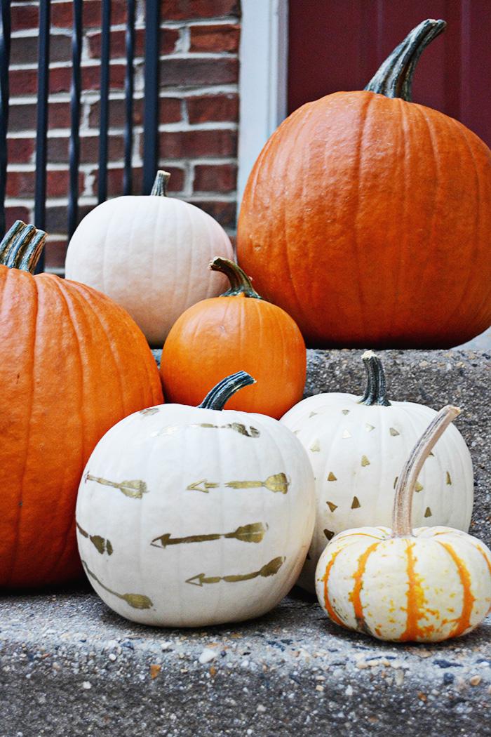 DIY embossed pumpkins @ajoyfulriot