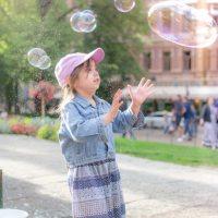 Things To Do In Helsinki / Esplanadi Puisto