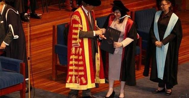 بالأمس طه حسين …. واليوم إيمان مجيد هادي الانصاري تحصل على دكتوراه في القانون الدولي باستراليا