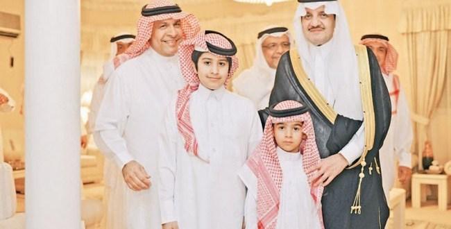 صاحب السمو الملكي الأمير سعود بن نايف بن عبدالعزيز أمير الشرقية يعزي أسرة الأنصاري