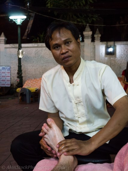 Thai Foot Massage - I hadn't realised it was a reflexology massage, which resulted in mega pain as the guy scraped a metal rod along my nerves - I suggest a normal foot massage instead!