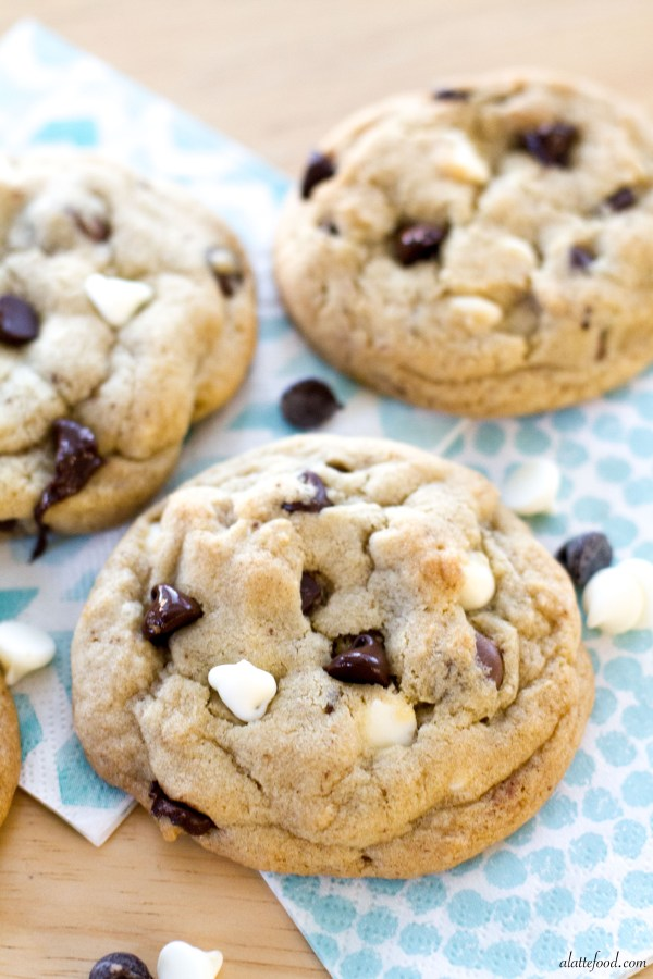 Thick and Chewy} Triple Chocolate Chip Cookies | A Latte Food