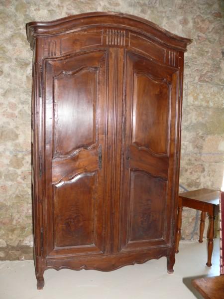 Armoire louis 15 armoire noyer antiquaire restaurateur for Albert tremblay meuble