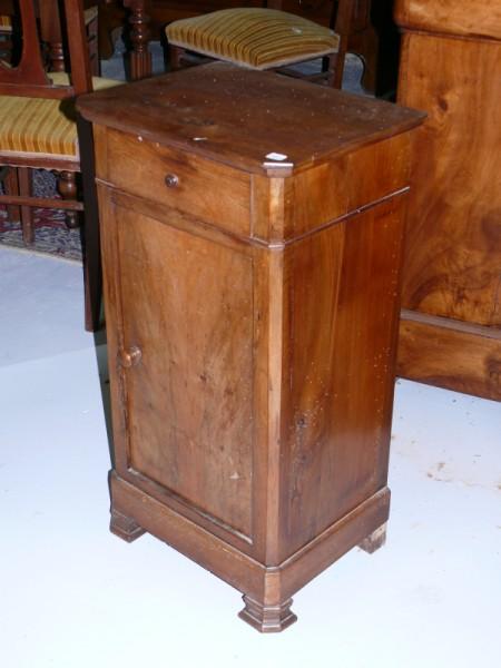 Chevet avec tiroir et porte meuble ancien albert antiquit for Albert tremblay meuble