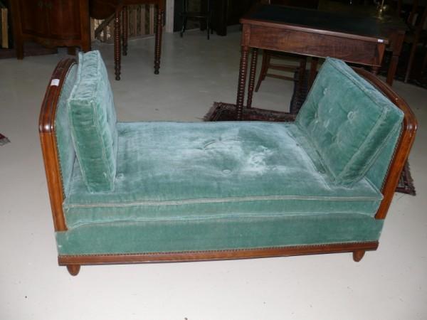 lit de repos louis philippe lit hirondelle albert antiquit. Black Bedroom Furniture Sets. Home Design Ideas