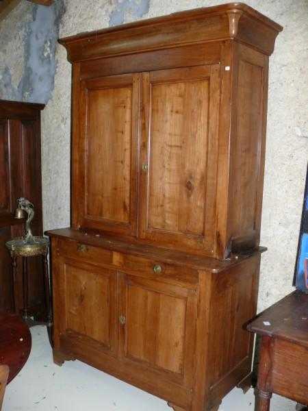 Buffet louis philippe en cerisier meuble ancien albert for Albert tremblay meuble