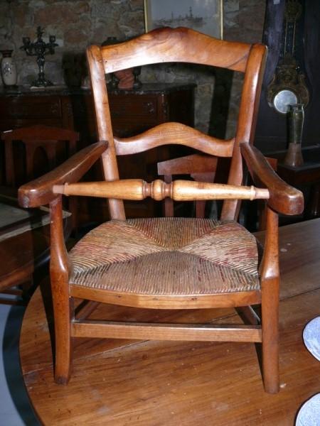 petite chaise enfant ancienne albert antiquit. Black Bedroom Furniture Sets. Home Design Ideas