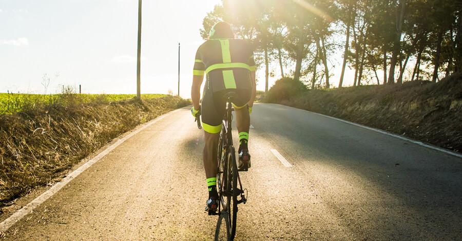 Cómo promocionar un nuevo producto de ciclismo o triatlón