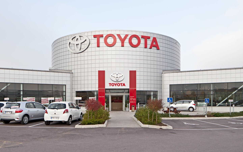 تويوتا  تجدد حلم السعوديين بتصنيع سيارتي  أصيلة  و غزال  - جريدة البورصة