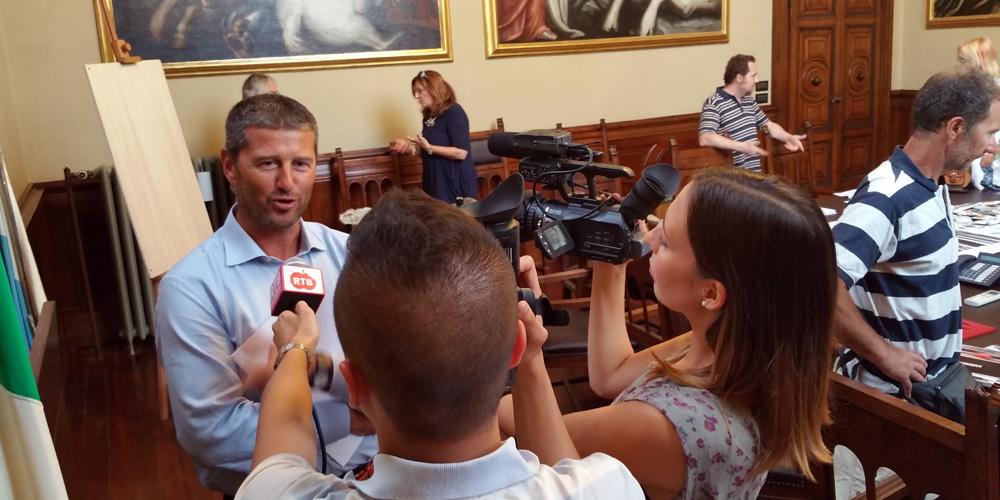 Mazzocchi-conferenza-stampa-loggia-luglio-14-05
