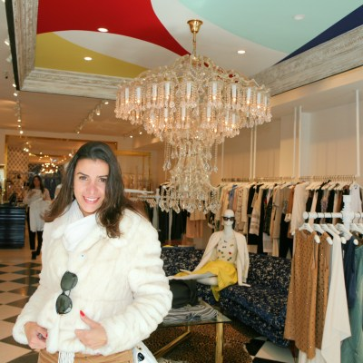 alicia-and-olivia-nyc-chandelier