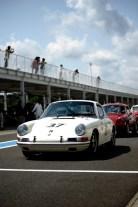 Porsche no.37 lines up for the race