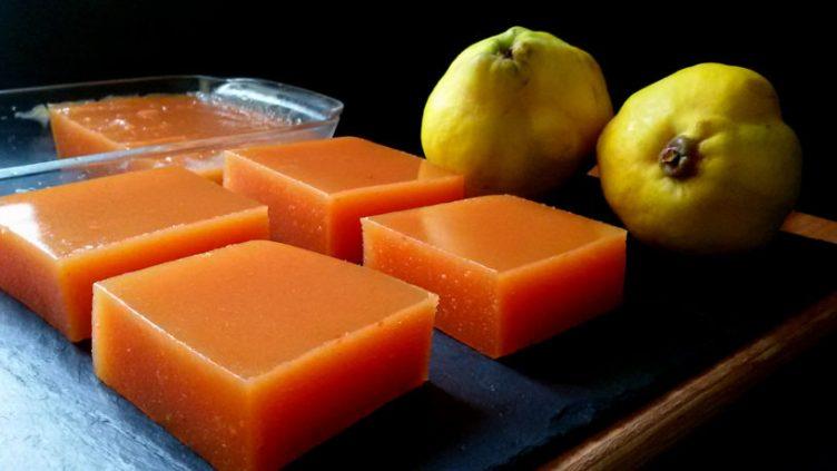 Dulce de membrillo (2 ingredientes)