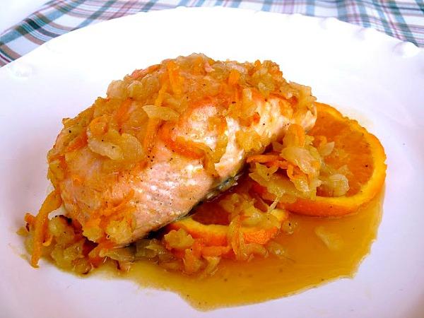 Salmón al horno con naranja y miel