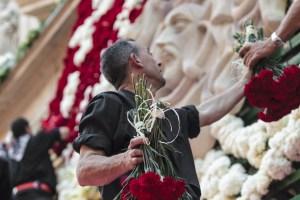 Ofrenda de Flores a la Virgen del Remedio. Fogueres 2016 @ Alicante   Alacant   Comunidad Valenciana   España