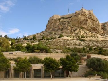 castillo santa bárbara desde casco antiguo
