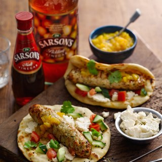 This Chicken Seekh Kebab is the perfect weeknight meal. It's Indian street food at it's best- quick and delicious! There's also a recipe for a quick microwave mango chutney which is not to be missed! | www.alifeofgeekery.co.uk