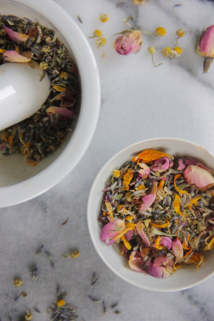 A relaxing spring tea blend of flowers that smells just like a bouquet