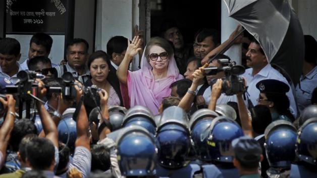 UK lawyer alleges India deported him under Bangladesh pressure