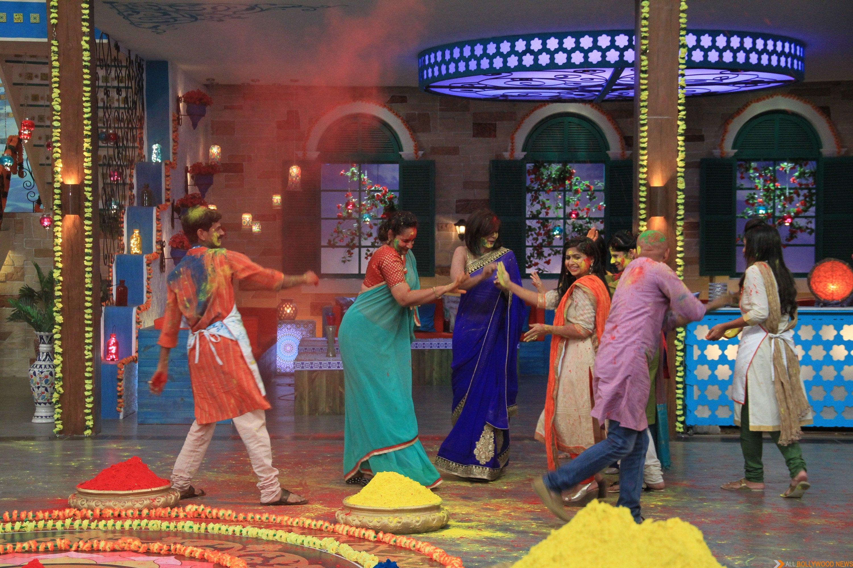 MasterChef India-4 contestants celebrate Holi on MasterChef India-4 set