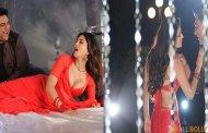 Kuch Kuch Locha Hai releases third song 'Aao Na'