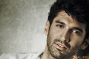 Aditya Roy Kapur likes the growing