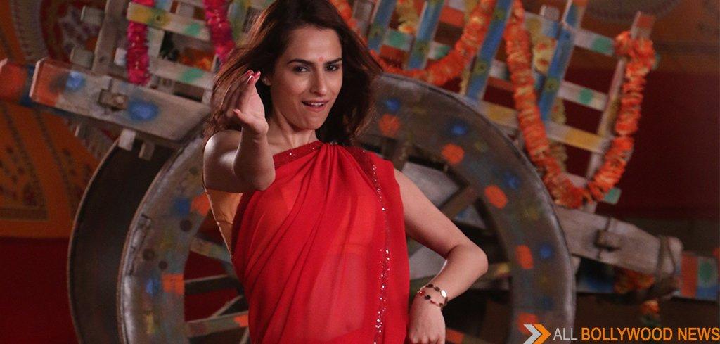 Kashmira Irani does an item song in a red saree in STAR Plus' show Dosti..Yariyaan..Manmarzian