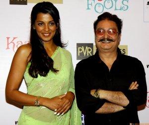 mugdha godse & vinay pathak