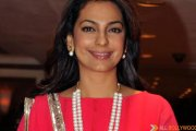 Khamosh Juhi Chawla is mimicking