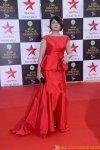Urvashi Dholakia and Juhi Parmar seen bonding at Star Parivaar Awards!