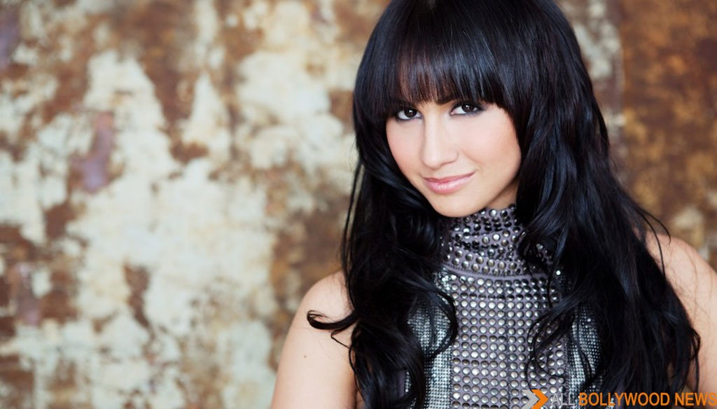 Shakti Mohan replaces Lauren Gottlieb on Dance +