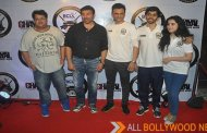 Sunny Deol plays cricket with Team BCL Punjab