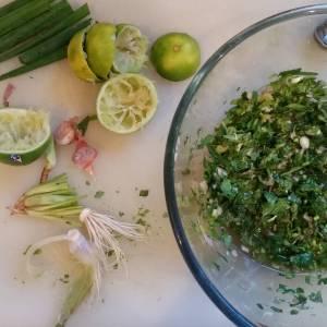 The start of laab, a Thai pork mince salad, for #everyfuckingnight.