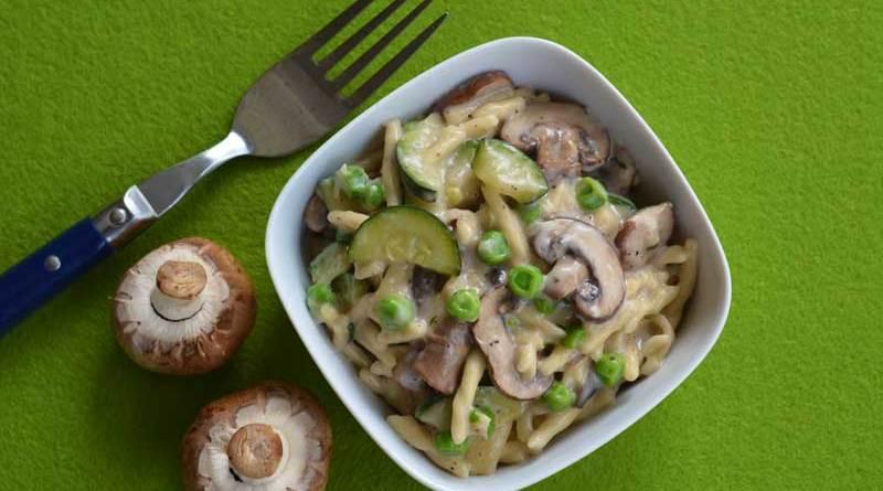 One-Pot-Pasta Primavera mit grünem Gemüse