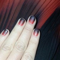 Olivia Munn Ombre Nails