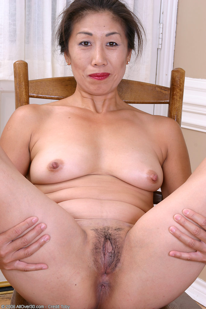 hartley Mature solo nina
