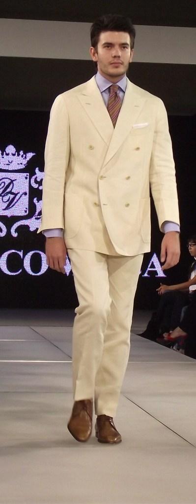 Domenico Vacca S/S 2011 Creme Suit (Menswear) (Style.uz)