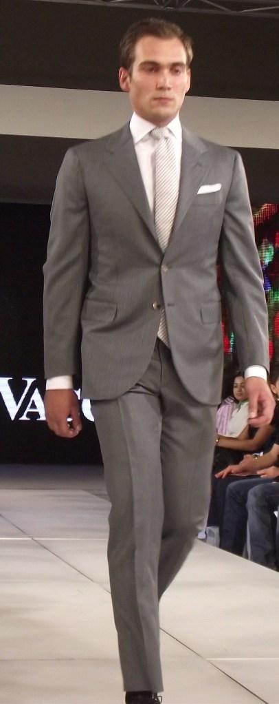 Domenico Vacca S/S 2011 Grey Suit (Menswear) (Style.uz)