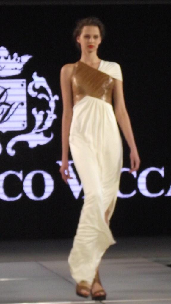 Domenico Vacca S/S 2011 White and Caramel Snakeskin Dress (Style.uz)