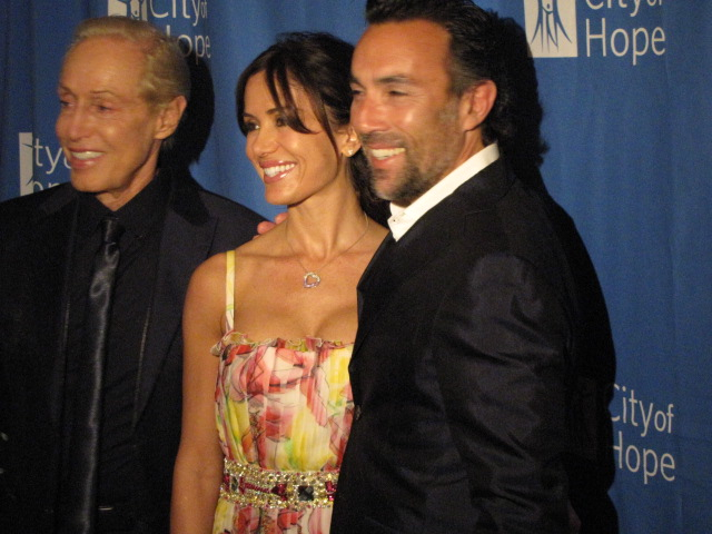 Designer Renato Balestra (on far left), actor Francesco Quinn (on far right) and wife Valentina at the Balestra fashion show in Los Angeles, benefiting City of Hope.