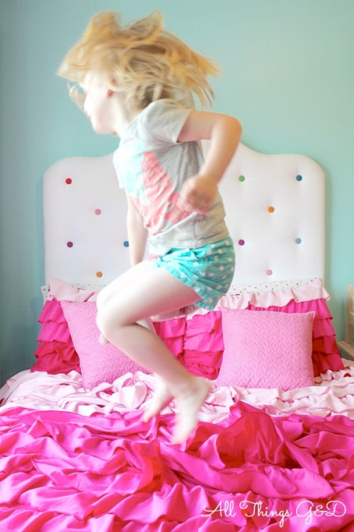 A sweet, fun, and cheerful polka dot headboard - perfect for a little girl's room!   www.allthingsgd.com