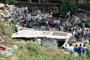 Los accidentes de autobus son frecuentes en India