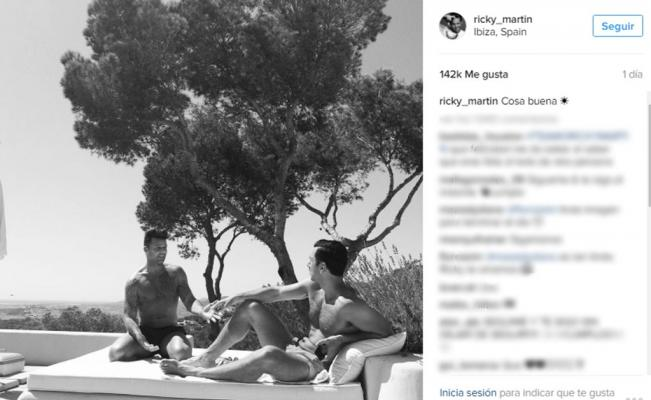 Ricky Martin vacaciona con su pareja