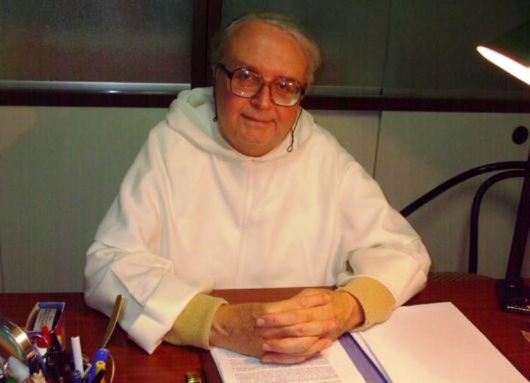 Sacerdote culpa a matrimonios gay de causar terremotos en Italia