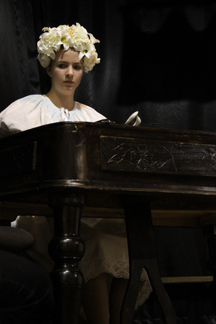 Bride playing the hammered dulcimer in Slovakia - Almost Bananas blog